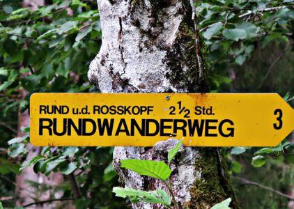 Rundwanderweg um Fall