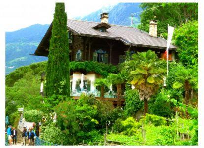 Dorf Tirol: Weinwanderweg
