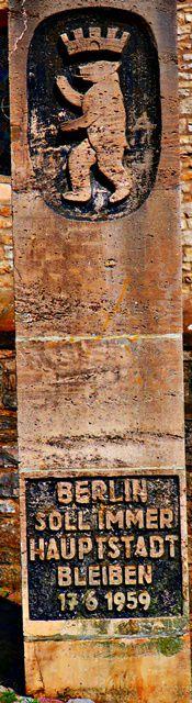 Stele in der Innenstadt von Schöningen