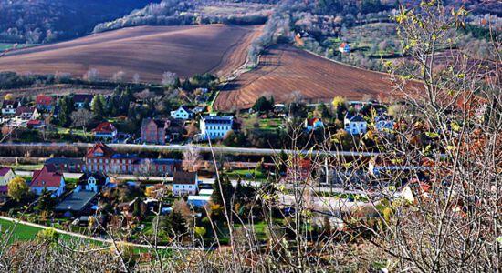 Blick von der Burg Neuenburg