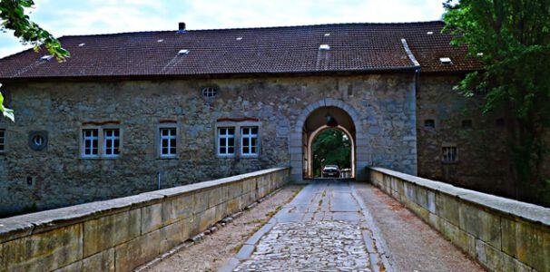 Torhaus Schloss Veltheim
