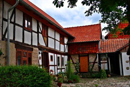 Fachwerk-Hof Groß-Steinum