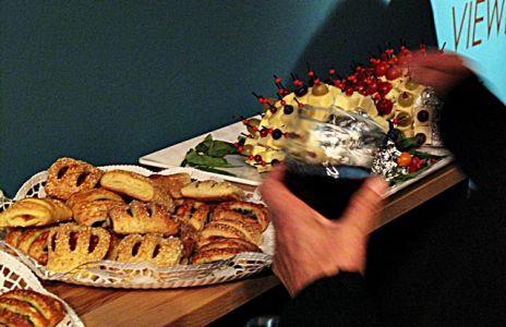Käseigel und Pizzataschen