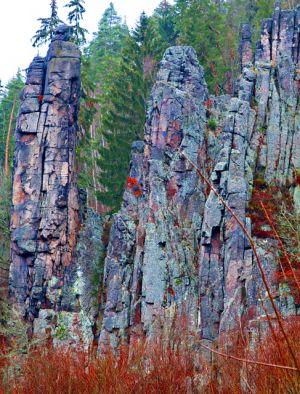 Loket und Hans-Heiling-Felsen