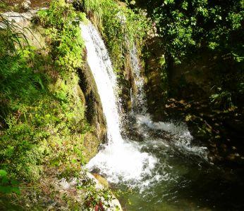 Valle dei Ferriere: Wasserfall