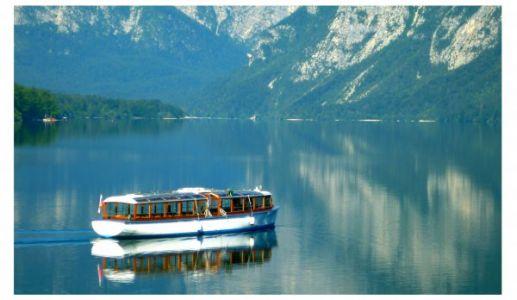 Elektroboot auf dem Bohinj See
