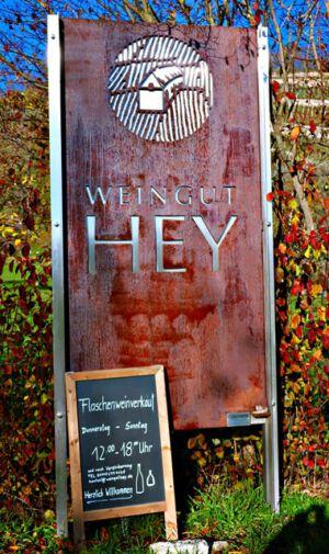 """Das Weingut """"Hey"""""""