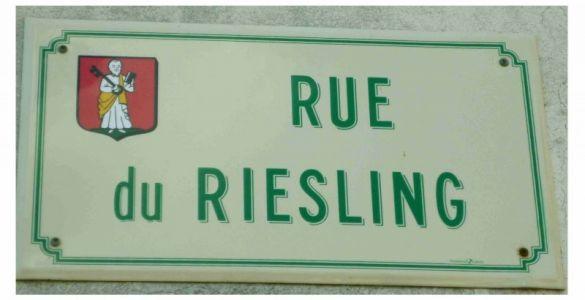Eguisheim: Rue du Riesling - Der Name ist Programm!
