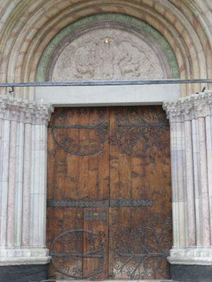 Embrun_Kirchentor