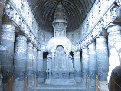 Ajanta-Höhle: Höhle 19