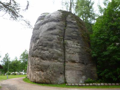 Felsen am Eingang