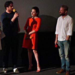 Regisseur und Cast
