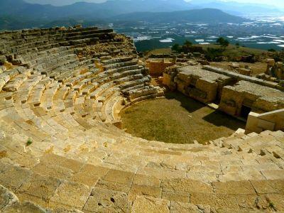Rhodiapolis - Antikes Theater