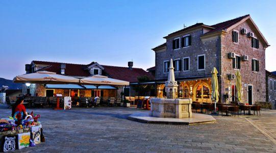 Marktplatz Herceg Novi